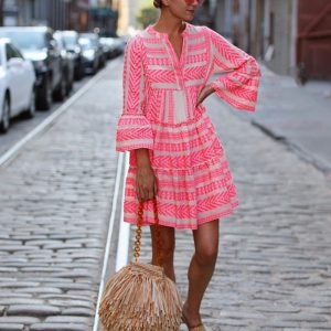 Bawełniana sukienka w neonowym odcieniu z falbankami Devotion.